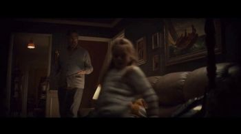 Apple iPad TV Spot, 'Holiday: The Surprise' Song by Michael Giacchino - Thumbnail 2