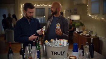 Truly Hard Seltzer TV Spot, 'Derek' Featuring Keegan-Michael Key - Thumbnail 4