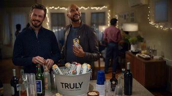 Truly Hard Seltzer TV Spot, 'Derek' Featuring Keegan-Michael Key - Thumbnail 9