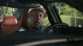 Nissan TV Spot, 'Heisman House: Bo vs. Derrick' [T1] - Thumbnail 8