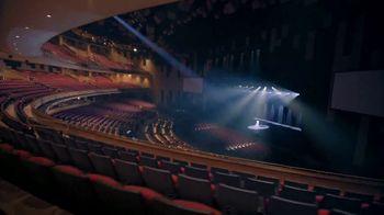 Seminole Hard Rock Hotel & Casino TV Spot, 'Office Day Dream' Song by Club Loko - Thumbnail 6