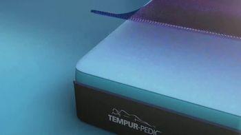 Tempur-Pedic Breeze Presidents Day Event TV Spot, 'No More Hot Sleep' - Thumbnail 6