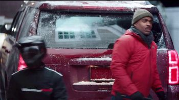 WeatherTech TV Spot, 'Driveway Brush Off with the WeatherTech Pit Crew' - Thumbnail 6