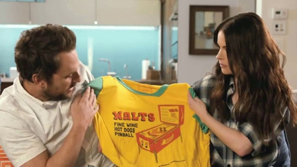 Tide: Teaser: Charlie Day & Emily Hampshire's Dirty Laundry