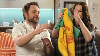 Tide Super Bowl 2020 Teaser, 'Charlie Day & Emily Hampshire's Dirty Laundry' - Thumbnail 2