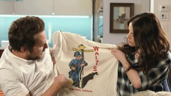 Tide Super Bowl 2020 Teaser, 'Charlie Day & Emily Hampshire's Dirty Laundry' - Thumbnail 6