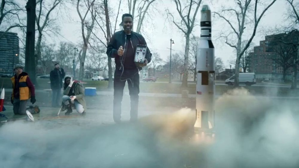 Facebook: Teaser: Chris Rock Is Ready for Lift Off!