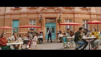 Peroni Brewery TV Spot, 'Drive By' - Thumbnail 4