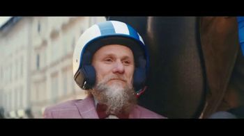 Peroni Brewery TV Spot, 'Drive By' - Thumbnail 7