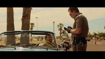 Heineken 0.0 TV Spot, 'Ahora puedes: estacionar' canción de The Isley Brothers  [Spanish]