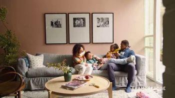 Framebridge TV Spot, 'Living Room'