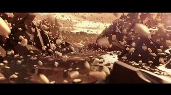 Ferrero Rocher TV Spot, 'Lovingly Crafted' - Thumbnail 5