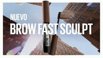 Maybelline New York Brow Fast Sculpt TV Spot, 'Un paso' con Gigi Hadid [Spanish] - Thumbnail 1