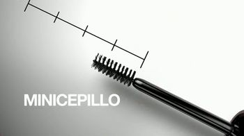 Maybelline New York Brow Fast Sculpt TV Spot, 'Un paso' con Gigi Hadid [Spanish] - Thumbnail 4