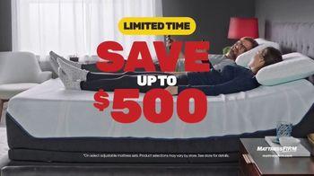 Mattress Firm Year End Sale TV Spot, 'Save $500 and Get $300 Bonus Cash' - Thumbnail 4