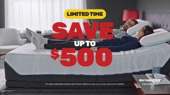 Mattress Firm Year End Sale TV Spot, 'Save $500 and Get $300 Bonus Cash' - Thumbnail 5