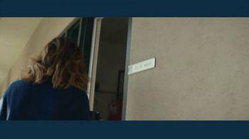 IBM TV Spot, 'IBM Watson & Problem Solvers: Keltie Knight, GRAMMYs Correspondent' Song by Ally Brooke & Matoma - Thumbnail 3