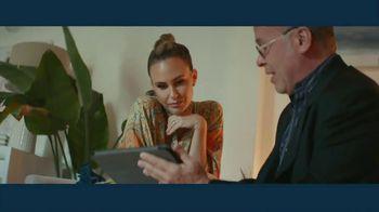 IBM TV Spot, 'IBM Watson & Problem Solvers: Keltie Knight, GRAMMYs Correspondent' Song by Ally Brooke & Matoma - Thumbnail 5