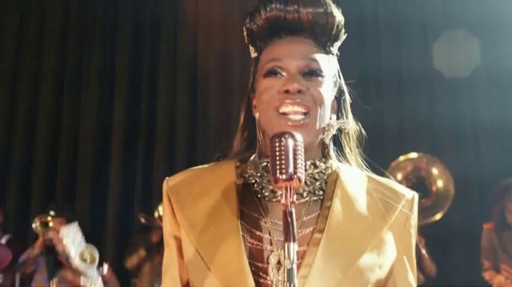 Facebook Groups TV Spot, Kazoo Featuring Big Freedia - Screenshot 9