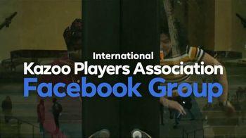 Facebook Groups TV Spot, 'Kazoo' Featuring Big Freedia - Thumbnail 4