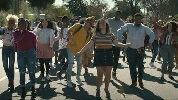 Facebook Groups TV Spot, 'Kazoo' Featuring Big Freedia - Thumbnail 6