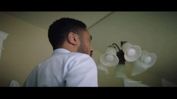 Clorox TV Spot, 'Don't Fear the Bowl' Song by Donnie Daydream - Thumbnail 2