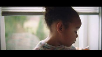 Clorox TV Spot, 'Don't Fear the Bowl' Song by Donnie Daydream - Thumbnail 4