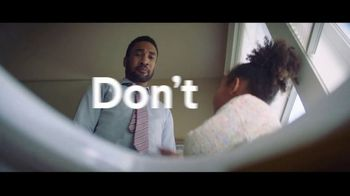 Clorox TV Spot, 'Don't Fear the Bowl' Song by Donnie Daydream - Thumbnail 7