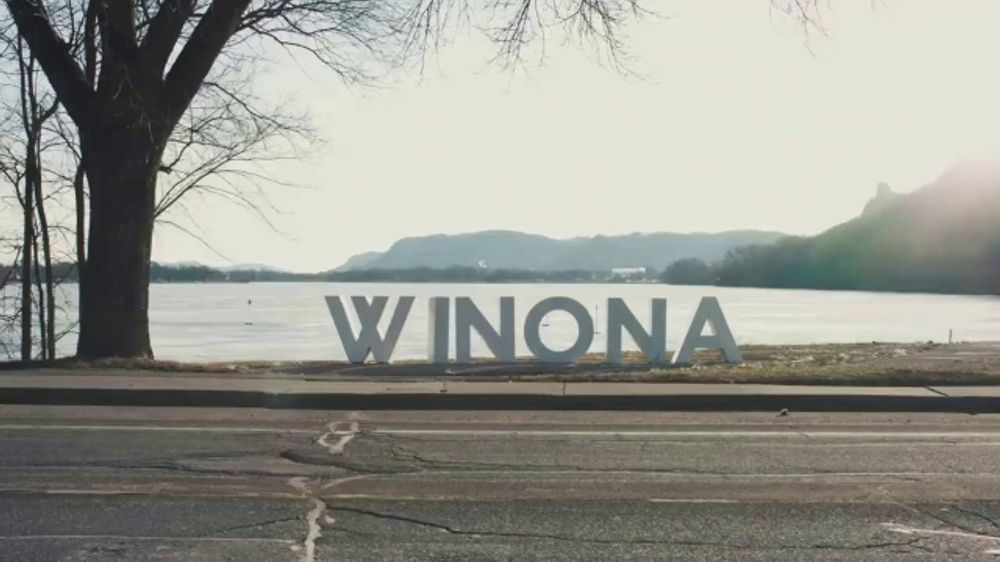 Squarespace: Teaser: Winona Goes Home