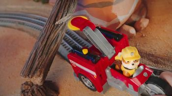 PAW Patrol Split Second Vehicles TV Spot, 'Rescue the Train' - Thumbnail 6