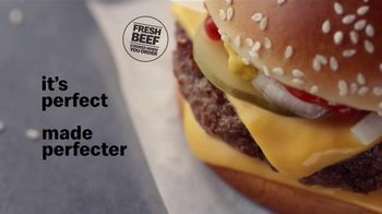 McDonald's Quarter Pounder TV Spot, 'Perfect Made Perfecter: Look Closely' - Thumbnail 10