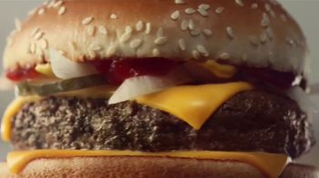 McDonald's Quarter Pounder TV Spot, 'Perfect Made Perfecter: Look Closely' - Thumbnail 2