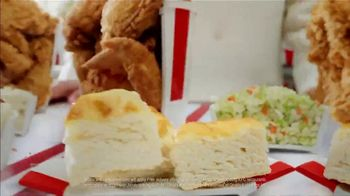 KFC $20 Fill Up TV Spot, 'Holy Buckets: Free Delivery' - Thumbnail 7