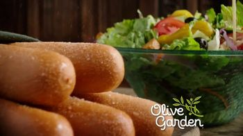 Olive Garden Never Ending Stuffed Pastas TV Spot, 'Generosidad ilimitada' [Spanish] - Thumbnail 1