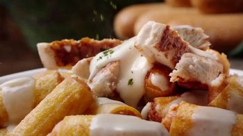 Olive Garden Never Ending Stuffed Pastas TV Spot, 'Generosidad ilimitada' [Spanish] - Thumbnail 4