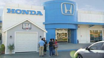 Honda Evento de Primavera el Garaje de Tus Sueños TV Spot, 'Momentos de ayuda: el garaje' [Spanish] [T2] - Thumbnail 3