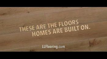 Lumber Liquidators Winter Sale TV Spot, 'Waterproof Luxury: No Offer' Song by Electric Banana - Thumbnail 9