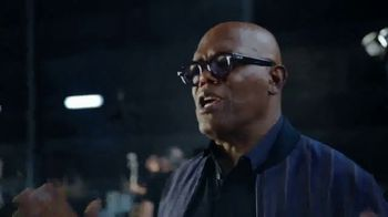 Capital One Quicksilver Card TV Spot, \'Spectacle\' Featuring Samuel L. Jackson
