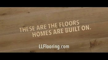 Lumber Liquidators TV Spot, 'Waterproof Vinyl and Hardwood: 15 Percent Off' Song by Electric Banana - Thumbnail 8