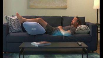 Contour Leg Relief Wedge TV Spot, 'Eleva tus pies' [Spanish] - Thumbnail 4