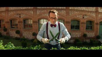Raymond James TV Spot, 'Topiary' - Thumbnail 4