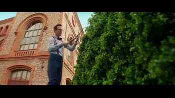 Raymond James TV Spot, 'Topiary' - Thumbnail 6