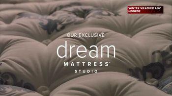 Value City Furniture Early Black Friday Sale TV Spot, 'Dream Mattress Studio: 20 Percent Off' - Thumbnail 2