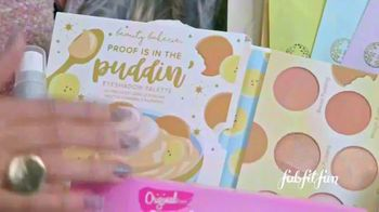 FabFitFun.com TV Spot, 'Winter Box: This Holiday Season' Featuring Melissa Gorga - Thumbnail 4