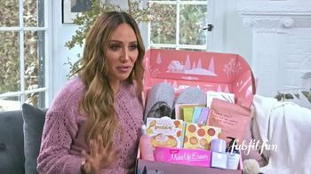 FabFitFun.com TV Spot, 'Winter Box: This Holiday Season' Featuring Melissa Gorga - Thumbnail 5