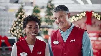 ACE Hardware Thanksgrilling Event TV Spot, 'Around the Block' - Thumbnail 7