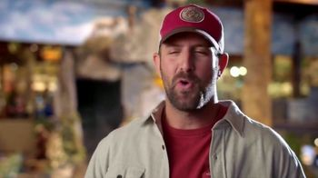 Bass Pro Shops 4-Day Pre-Black Friday Sale TV Spot, 'Cloth Shirts, Pajama Sets and Gift Cards' - Thumbnail 4