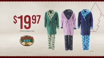 Bass Pro Shops 4-Day Pre-Black Friday Sale TV Spot, 'Cloth Shirts, Pajama Sets and Gift Cards' - Thumbnail 7