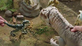 Jurassic World Dino Rivals Destroy 'n Devour Indominus Rex TV Spot, 'Neck Glows Red'
