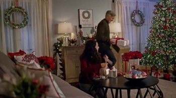 The Home Depot TV Spot, 'Bring More Cheer: Holiday Decor' - Thumbnail 3